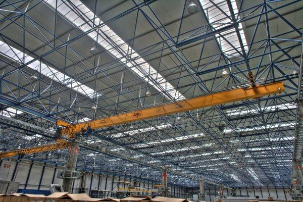 wyposażenie hal przemysłowych