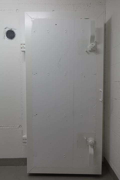 szafy do przechowywania broni