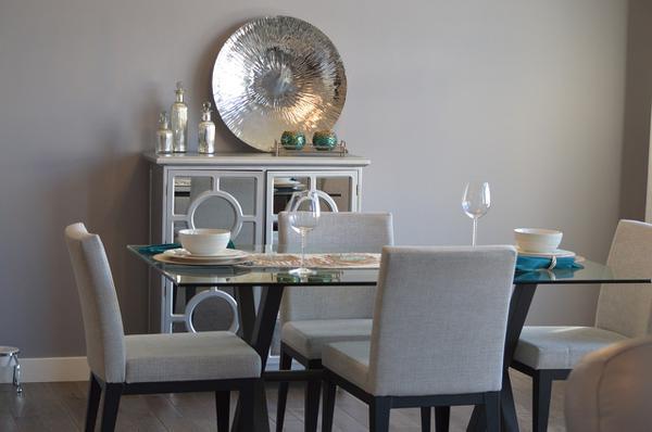 krzesło do salonu nowoczesne